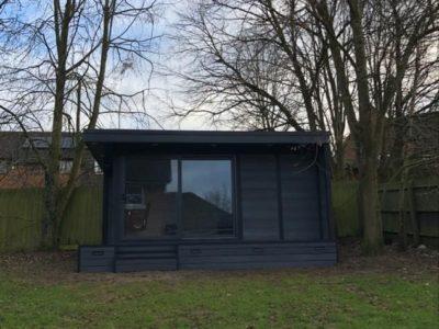 Milton Keynes Garden Room Used As Quiet Retreat Outisde Shot 2